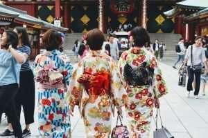 Wearing Kimonos in Asakusa