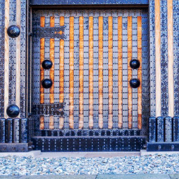Kanazawa Caslte Door