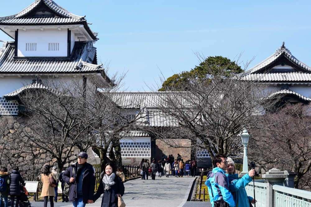 kanazawa-castle-02