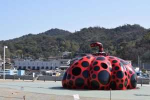Polka Dot Pumpkin, Naoshima